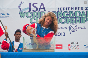 Caroline De Cat e Isaac Cross Open Ceremony 2013 ISA World Longboard Championship