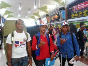 José Manuel Henríquez, Pascual Silverio y Juan José Rivas - Delegación Dominicana de Bodyboard FEDOSURF