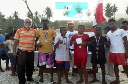 Gran éxito Larimar Surfing Championship 2014