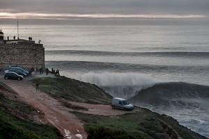 Nazaré olas gigantes en portugal2